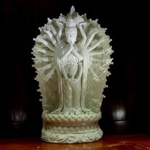 Tượng phật Thiên Thủ Thiên Nhãn đứng bằng sứ trắng 46cm