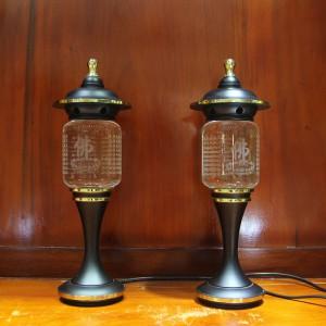 Đôi đèn pha lê đế đồng đen