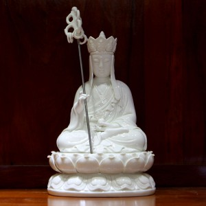 Tượng Địa Tạng Vương Bồ Tát bằng sứ trắng cỡ 30cm