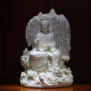 Tượng Quán Tự Tại Bồ tát bằng sứ trắng