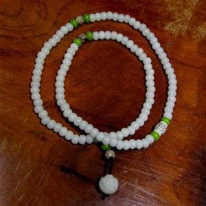 Tràng hạt 108 trắng tự nhiên gốc bồ đề hoa sen vòng tay vòng cổ đài loan
